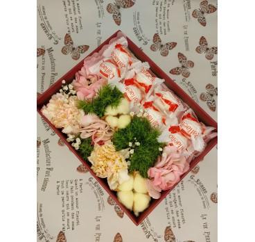 Коробка с цветами №45
