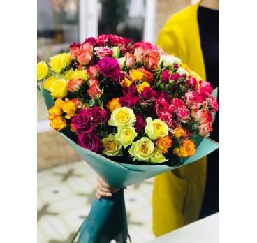 Букет из кустовых роз №5