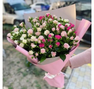 Букет из кустовых роз №6