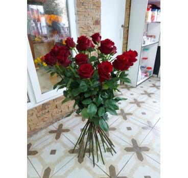 Букет из импортных роз №6