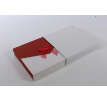Коробка Квадрат с магнитом терракотово белая 18*18*5 см