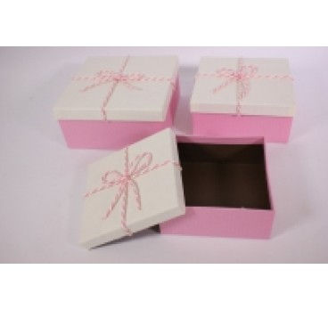Коробка Квадрат из 3 шт со шнурком 19*19*9 см