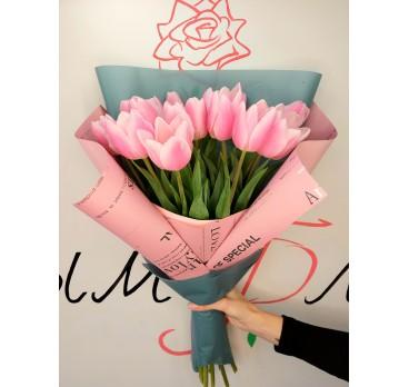 Букет из тюльпанов №12